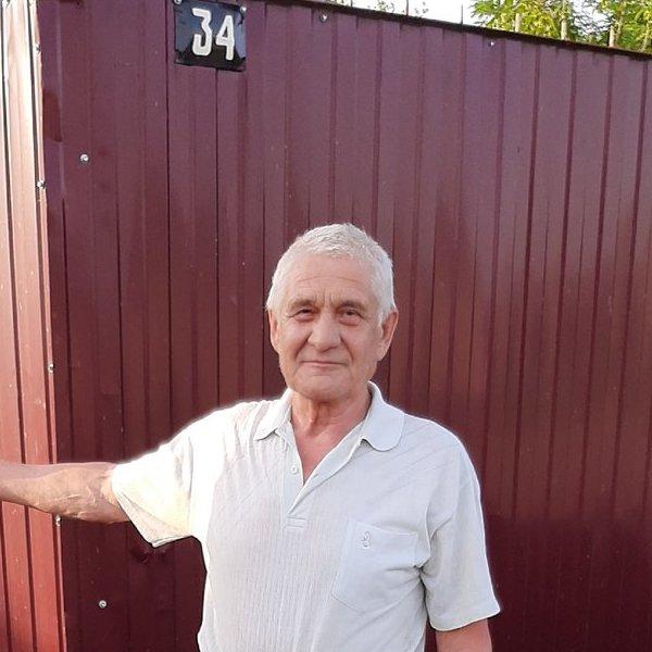 Валерий Колесников