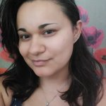 Photo Isabel, I'd like to meet a guy or a girl aged 31 - 40 years old - Wamba: online chat & social dating