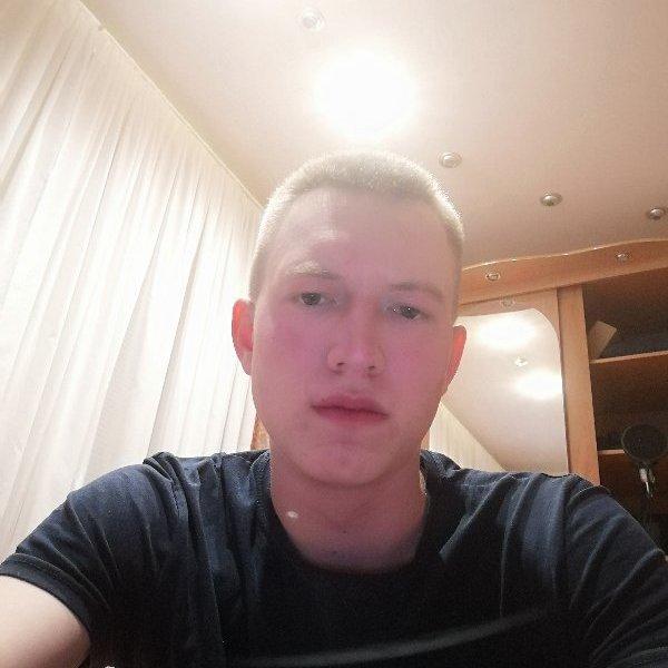 Евгений Снигирев