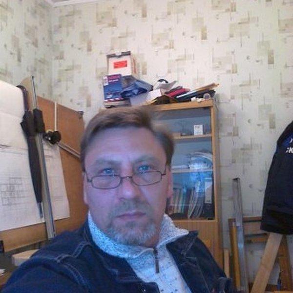 Александр Чекмарев