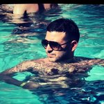 Photo Emporio, I'd like to meet a girl aged 21 - 35 year - Wamba: online chat & social dating