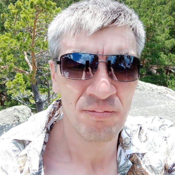 Нурлан Курманиязов