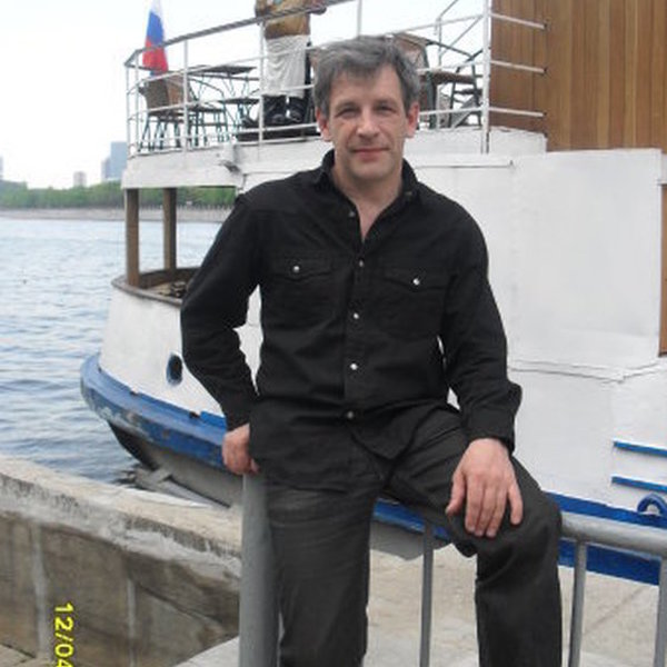 Андрей Разов