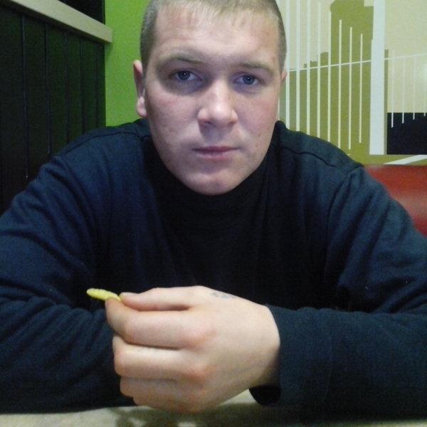 Артем Буряк