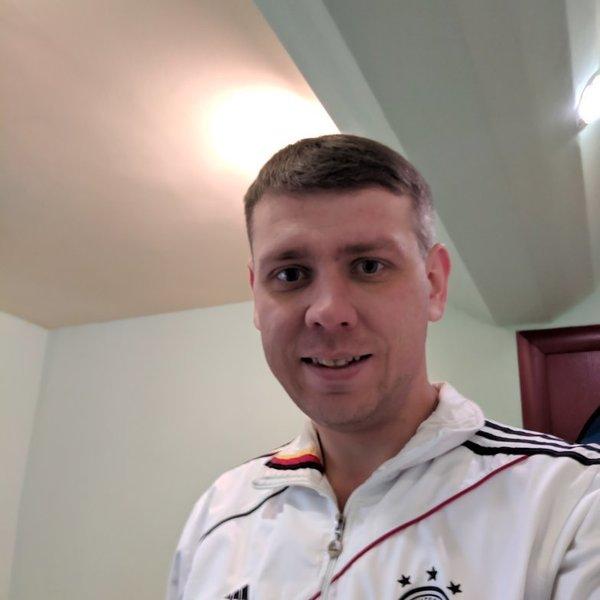 Максим Новиченко