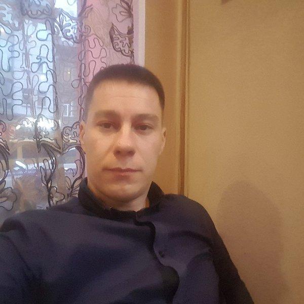 Марк Топалов