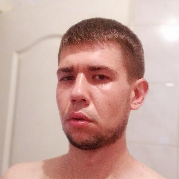 Александр Матвеенко
