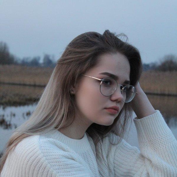 Анастасия Востенкова