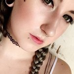 Photo Emily, I'd like to meet a guy aged 26 - 35 years old - Wamba: online chat & social dating