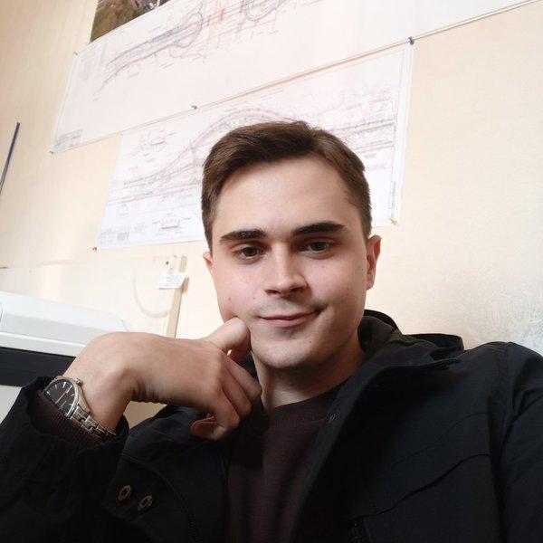 Максим Мироненко