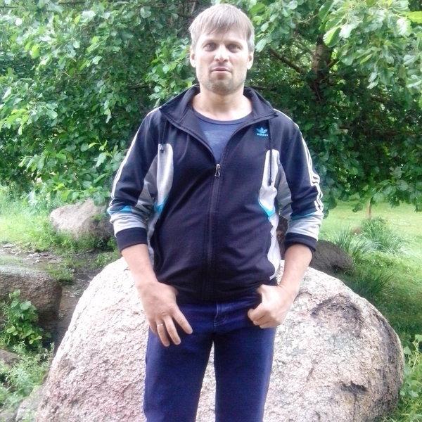 Андрей Бажан