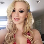 Photo Bailey Brooke, I'd like to meet a guy - Wamba: online chat & social dating