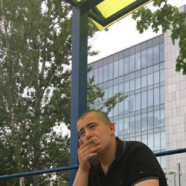 Андрей Чеснаков