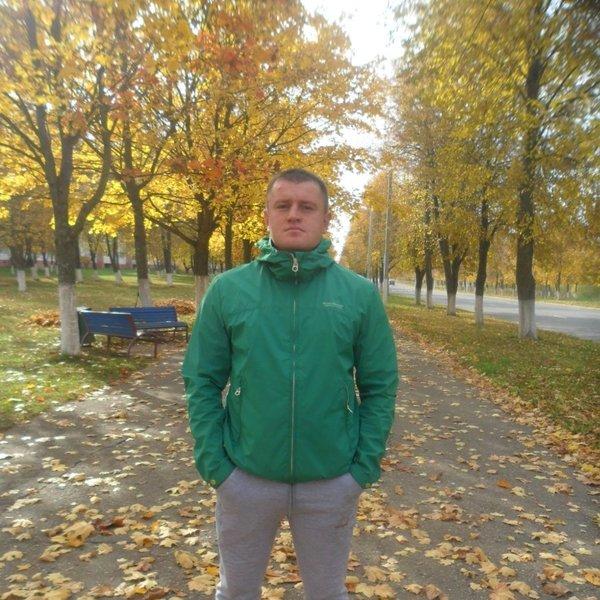 Евгений Автух
