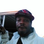 Photo Joshua Robinson, I'd like to meet a girl - Wamba: online chat & social dating