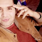 Photo Safir, I'd like to meet a girl - Wamba: online chat & social dating