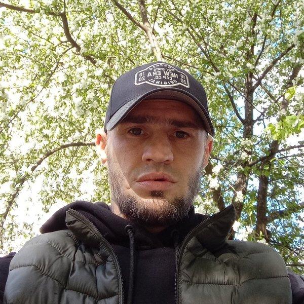 Алексей Комзолов