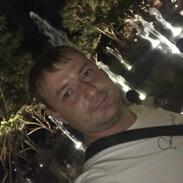 Денис Татарников